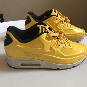 meet 736d9 c740a Nike Shoes   Quick Strike Vac Tec Air Max 90 Sneakers   Poshmark